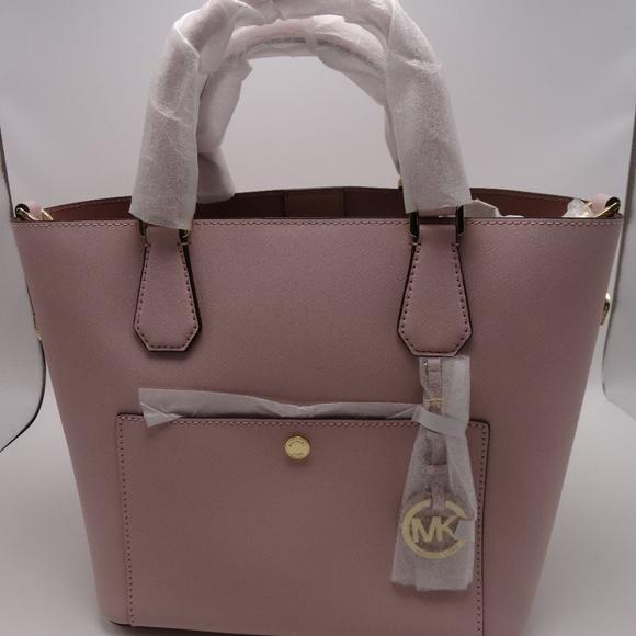 ada6492cc233 Michael Kors Greenwich Grab Bag Saffiano Leather
